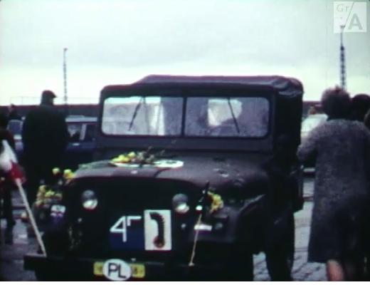 jeep Veendam still film Filmgroep Dubbel8 Bevrijdingsdag 1970