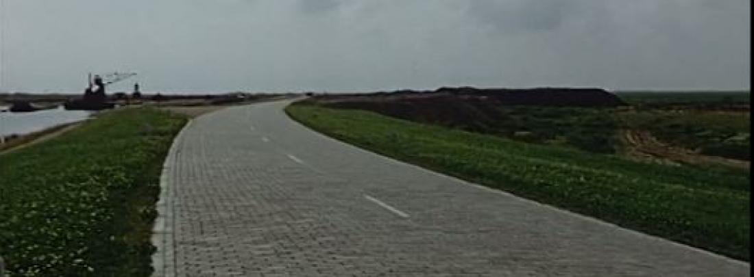 Still Nieuwe polder van Hans Bartels