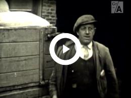 Keyframe of Dorpsfilm Uithuizermeeden 1954 Deel 2 / J.W.L. Adolfs, 1954