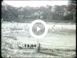 Keyframe of AV182 Fragment hockeywedstrijd; J. Poortman; waarschijnlijk jaren '40