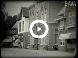 Keyframe of Bejaardenreisje Hoogezand / Haijer & Mees, circa 1937-1938