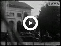 Keyframe of AV2486 Bevrijding Assen en Wilhelmina ziekenhuis 1945; Dhr. H.W. Mook; 1945