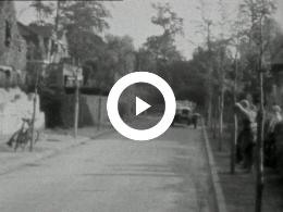 Keyframe of FAMILIEFILM, STATEN GENERAAL, SCHEVENINGEN ZOMER 1931