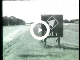 Keyframe of AV796 Dorpsfilm Eext 1966; J.W.L. Adolfs; 1966