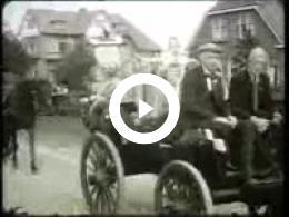 Keyframe of AV1912 DABO; Vermoedelijk de heer Lambers, destijds directeur van de DABO