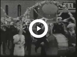 Keyframe of Viering jubileum Wilhelmina te Hoogkerk / P. Mulder, 1938