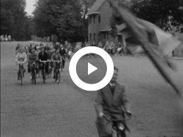 Keyframe of Amateuropnamen Bernard Cornelis van Noordwijk - Een buitendag van de V.C.J.B. op Duinrell Wassenaar