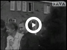 Keyframe of AV1512 Bevrijdingsfeest Assen; Albert Meek; 1945-1955