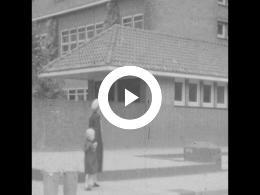 Keyframe of OPENING EN INZEGENING MARIASCHOOL UTRECHT 1953