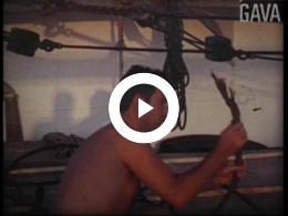 Keyframe of Thuis en bootreis Kuper