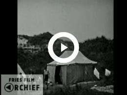 Keyframe of Vlieland: aankomst kampeerders, bezoek Lutine, dans, 1933