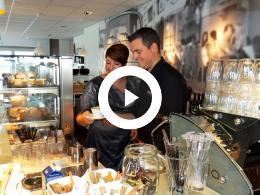 wethouder_mourik_opent_doppio_espresso_spijkenisse_2015