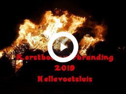 kerstboomverbranding_2019_in_hellevoetsluis