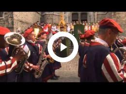 unesco_bergen_-_doudou_-_mons_la_procession_du_car_dor