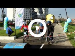wethouder_mijnans_opent_nieuw_fietspad_tussen_wijken_schenkel_en_elementen_spijkenisse_2016