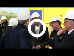 bouw_nieuw_theater_de_stoep_in_beeld_en_geluid_-_18_-_bezoek_minister_blok_spijkenisse_2014