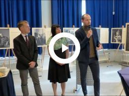 wethouder_struijk_opent_foto-expositie_rotterdammers_van_humanitas_spijkenisse_2019