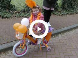 koningsdag_2018_heenvliet_versierde_fietsenoptocht