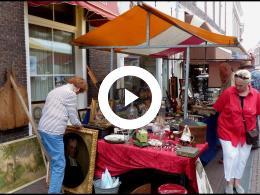 roel_neemt_een_kijkje_op_de_brocante_en_antiekmarkt_brielle_2019