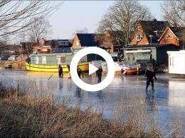 3_maart_2018._schaatsen_op_het_damsterdiep_nabij_delfzijl.